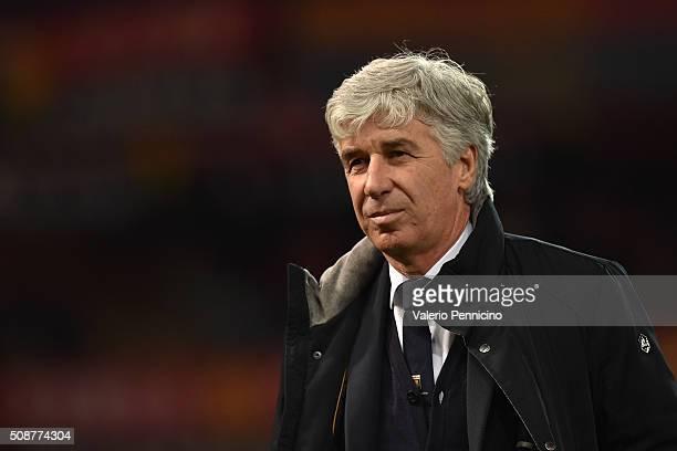 Genoa CFC head coach Gian Piero Gasperini looks on during the Serie A match between Genoa CFC and SS Lazio at Stadio Luigi Ferraris on February 6...