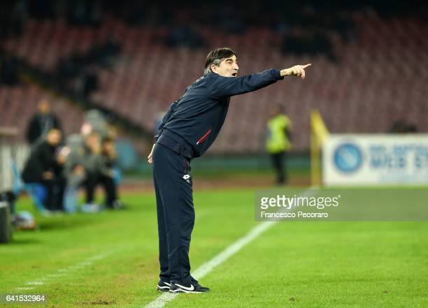 Genoa'u0092s coach Ivan Juric gestures during the Serie A match between SSC Napoli and Genoa CFC at Stadio San Paolo on February 10 2017 in Naples...