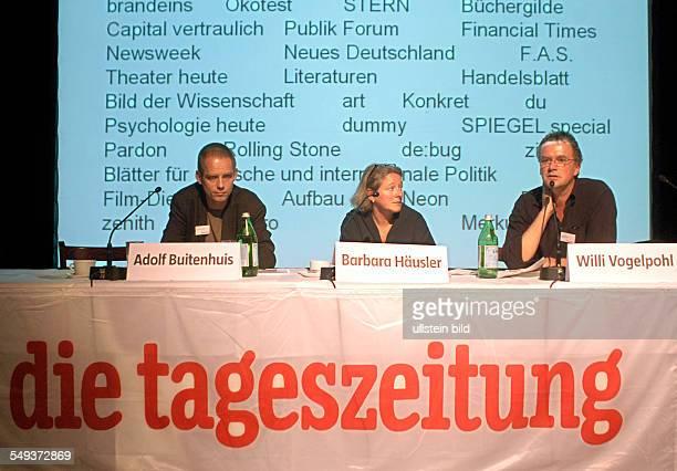 TAZ Genossenschaftsversammlung 2004 TAZ Werbekampagne Adolf Buitenhuis Barbara Haeusler Willi Vogelpohl in der Kulturbrauerei in Berlin