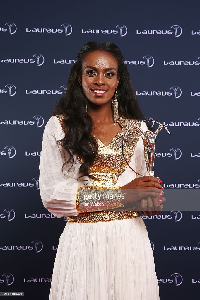 <a gi-track='captionPersonalityLinkClicked' href=/galleries/search?phrase=Genzebe+Dibaba&family=editorial&specificpeople=5083525 ng-click='$event.stopPropagation()'>Genzebe Dibaba</a> of Ethiopia, nominee of Laureus World Sportswoman of the Year Award attends the 2016 Laureus World Sports Awards at Messe Berlin on April 18, 2016 in Berlin, Germany.