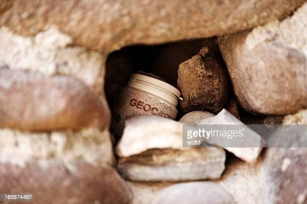 Geocaching Ort versteckt in der Wand