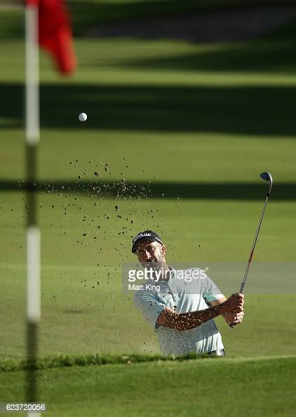 Geoff Ogilvy of Australia plays out of the bunker on the 17th hole during day one of the 2016 Australian Open at Royal Sydney Golf Club on November...