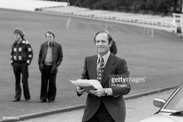 Geoffrey Boycott deposed Yorkshire cricket captain carrying a sheaf of papers as he arrives for a meeting with the Yorkshire County Cricket Club...