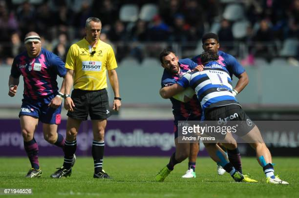 Geoffrey Doumayrou of Stade Francais and Nathan Catt of Bath during the European Challenge Cup semi final between Stade Francais and Bath on April 23...