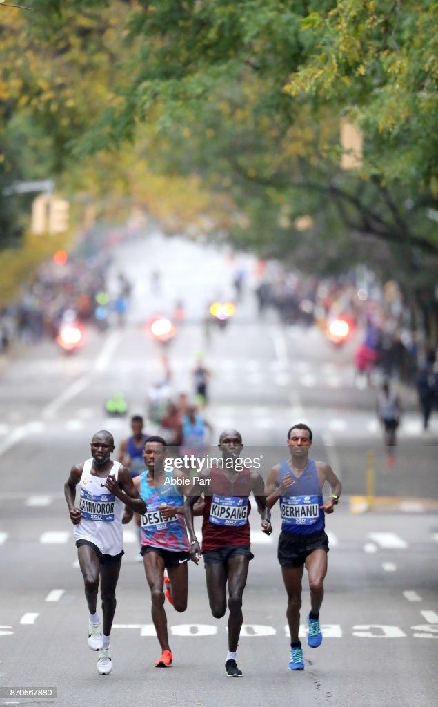 Geoffrey Kamworor of Kenya (L), Lelisa Desisa of Ethiopia, Wilson Kipsang of Kenya and Lemi Berhanu of Ethiopia lead the field of the Professional Men's Division during the 2017 TCS New York City Marathon on November 5, 2017 in New York City.
