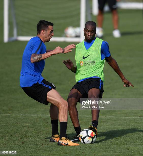 Geoffrey Kondogbia and Matias Vecino of FC Internazionale compete for the ball during a training session at Suning Training Center at Appiano Gentile...
