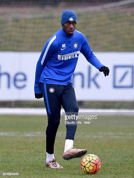 Geoffrey Kondogbia in action during the FC Internazionale training session at the club's training ground at Appiano Gentile on January 14 2016 in...