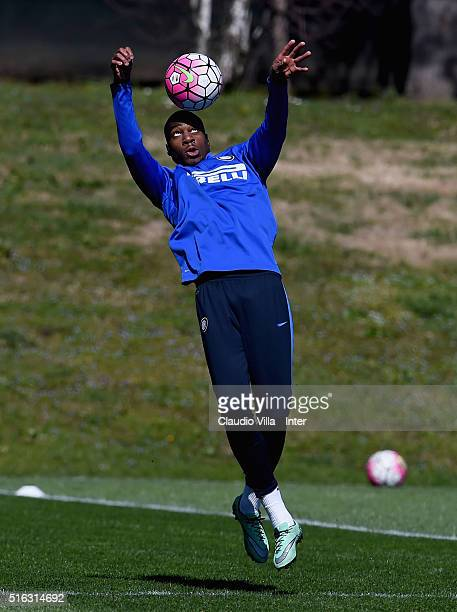 Geoffrey Kondogbia in action during the FC Internazionale training session at the club's training ground at Appiano Gentile on March 18 2016 in Como...