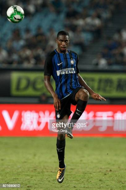Geoffrey Kondogbia of FC Internationale reacts during the 2017 International Champions Cup football match between FC Internationale v Olympique...