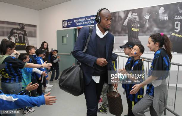 Geoffrey Kondogbia of FC Internazionale arrives prior to the Serie A match between FC Internazionale and SSC Napoli at Stadio Giuseppe Meazza on...