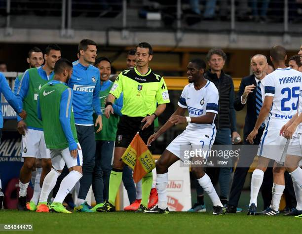 Geoffrey Kondogbia of FC Internazionale celebrates after scoring the opening goal during the Serie A match between FC Torino and FC Internazionale at...
