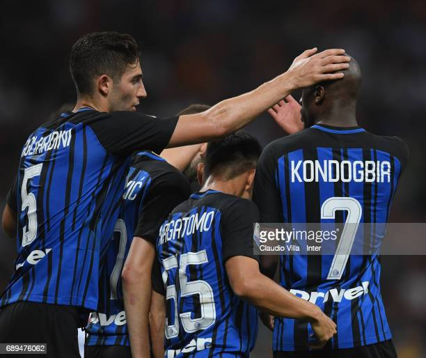 Geoffrey Kondogbia of FC Internazionale celebrates after scoring the goal during the Serie A match between FC Internazionale and Udinese Calcio at...