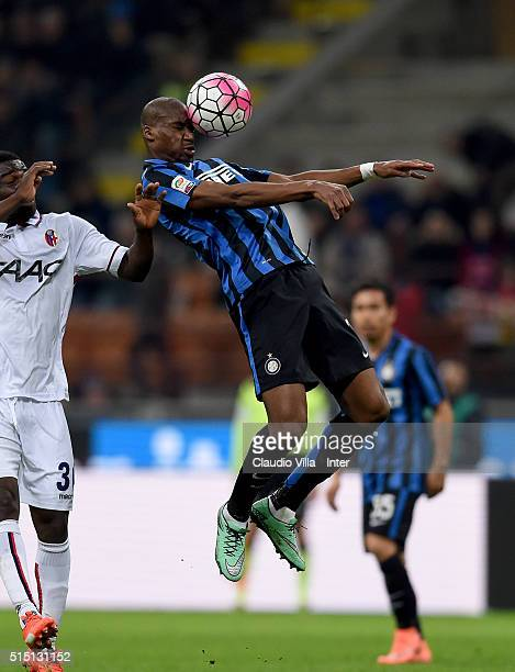 Geoffrey Kondogbia of FC Internazionale in action during the Serie A match between FC Internazionale Milano and Bologna FC at Stadio Giuseppe Meazza...
