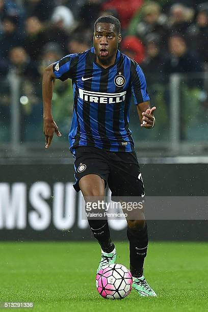 Geoffrey Kondogbia of FC Internazionale Milano in actionl during the Serie A match between Juventus FC and FC Internazionale Milano at Juventus Arena...