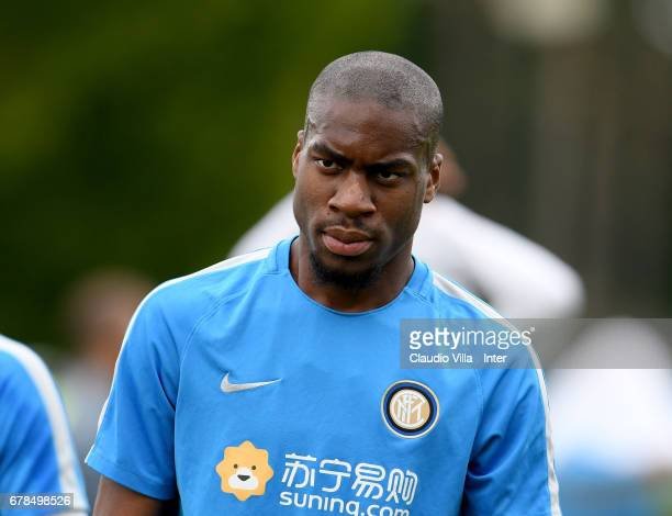 Geoffrey Kondogbia of FC Internazionalein looks on during FC Internazionale training session at Suning Training Center at Appiano Gentile on May 04...