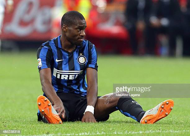 Geofrey Kondogbia of Inter during the Serie A match between FC Internazionale Milano and Atalanta BC at Stadio Giuseppe Meazza on August 23 2015 in...
