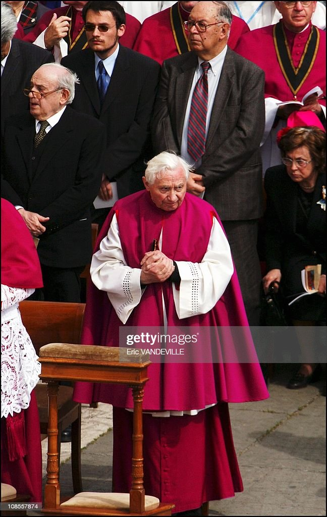 <a gi-track='captionPersonalityLinkClicked' href=/galleries/search?phrase=Georg+Ratzinger&family=editorial&specificpeople=641406 ng-click='$event.stopPropagation()'>Georg Ratzinger</a> the pope's brother in an open-air Mass in St Peter's Square in Rome, Italy on April 24, 2005.