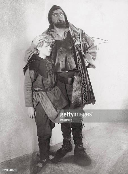 Georg Reimers as Wilhelm Tell and Theodor Danegger as his son Walter Hofburgtheater Vienna Photograph by Adolf Bernhard 1904 [Georg Reimers als...