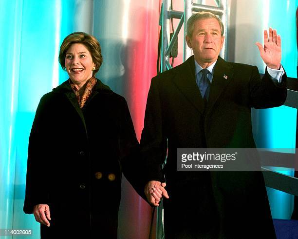 George and Laura Bush light the National Christmas tree In Washington United States On December 02 2004 United States President George W Bush and...