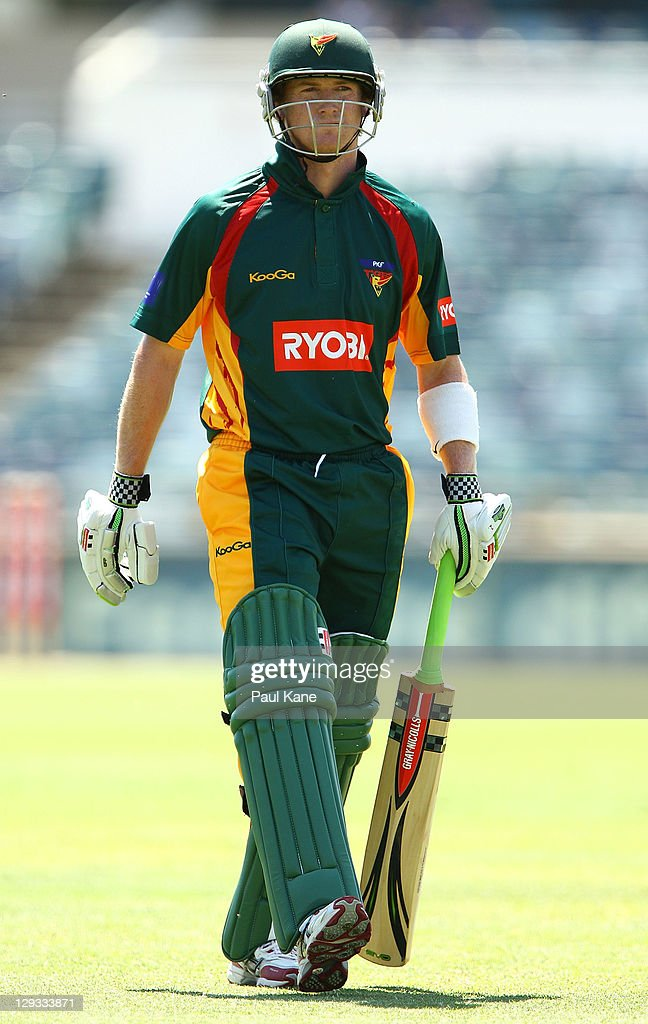 George Bailey of the Tigers heads back to th erooms after being runout during the Ryobi One-Day Cup match between the West Australian Warriors and the Tasmanian Tigers at the WACA on October 16, 2011 in Perth, Australia.