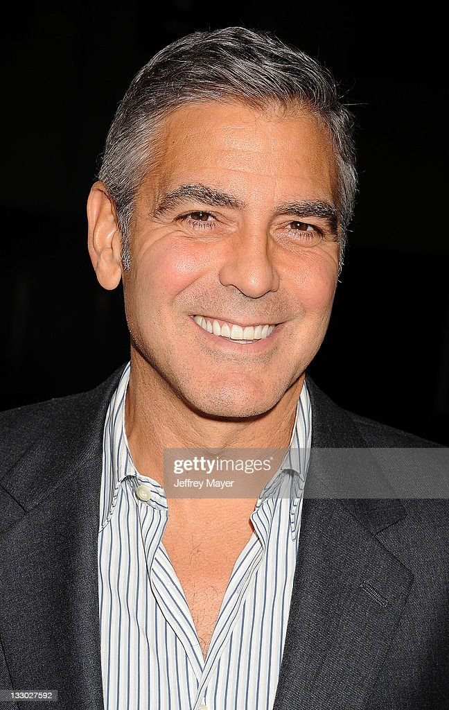 <a gi-track='captionPersonalityLinkClicked' href=/galleries/search?phrase=George+Clooney&family=editorial&specificpeople=202529 ng-click='$event.stopPropagation()'>George Clooney</a> attends 'The Descendants' Los Angeles Premiere at AMPAS Samuel Goldwyn Theater on November 15, 2011 in Beverly Hills, California.
