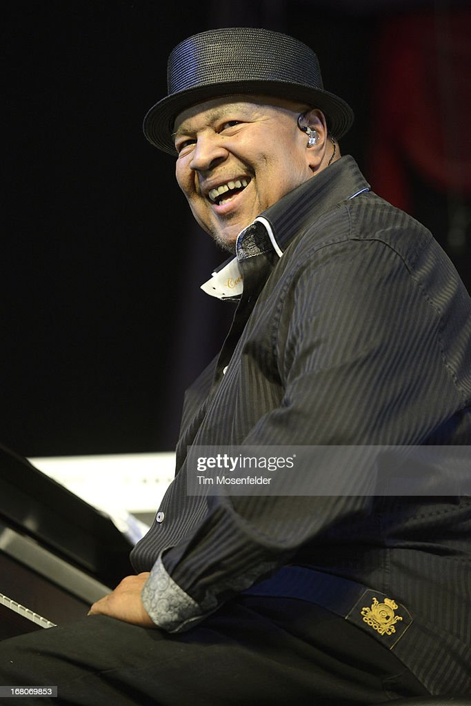 <a gi-track='captionPersonalityLinkClicked' href=/galleries/search?phrase=George+Duke&family=editorial&specificpeople=846842 ng-click='$event.stopPropagation()'>George Duke</a> of Stanley Clarke and <a gi-track='captionPersonalityLinkClicked' href=/galleries/search?phrase=George+Duke&family=editorial&specificpeople=846842 ng-click='$event.stopPropagation()'>George Duke</a> performs as part of the 2013 New Orleans Jazz & Heritage Festival at Fair Grounds Race Course on May 4, 2013 in New Orleans, Louisiana.