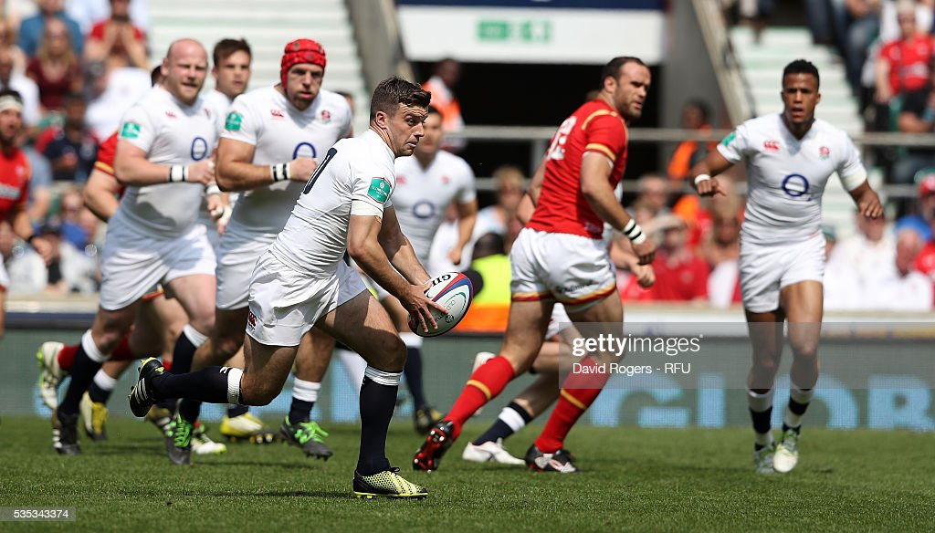 <a gi-track='captionPersonalityLinkClicked' href=/galleries/search?phrase=George+Ford+-+Rugby+Union+Player&family=editorial&specificpeople=11374128 ng-click='$event.stopPropagation()'>George Ford</a> of England runs with the ball during the England v Wales International match at Twickenham Stadium on May 29, 2016 in London, England.