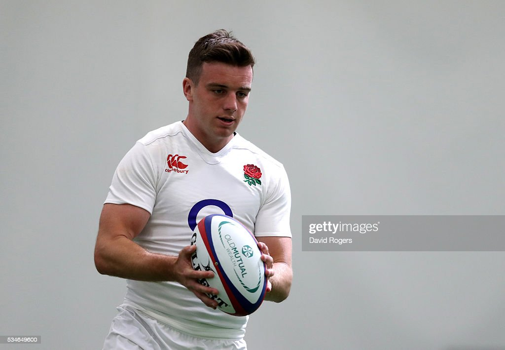 <a gi-track='captionPersonalityLinkClicked' href=/galleries/search?phrase=George+Ford+-+Rugby+Union+Player&family=editorial&specificpeople=11374128 ng-click='$event.stopPropagation()'>George Ford</a> runs with the ball during the England training session held at Pennyhill Park on May 27, 2016 in Bagshot, England.