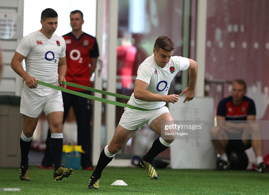 <a gi-track='captionPersonalityLinkClicked' href=/galleries/search?phrase=George+Ford+-+Rugby+Union+Player&family=editorial&specificpeople=11374128 ng-click='$event.stopPropagation()'>George Ford</a> sprints as <a gi-track='captionPersonalityLinkClicked' href=/galleries/search?phrase=Ben+Youngs&family=editorial&specificpeople=3970947 ng-click='$event.stopPropagation()'>Ben Youngs</a> holds the restraining band during the England training session held at Pennyhill Park on May 27, 2016 in Bagshot, England.