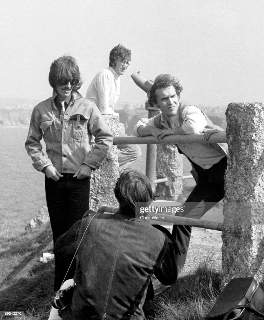 <a gi-track='captionPersonalityLinkClicked' href=/galleries/search?phrase=George+Harrison&family=editorial&specificpeople=90945 ng-click='$event.stopPropagation()'>George Harrison</a> and John Lennon with Neil Aspinall during filming of Magical Mystery Tour 1967
