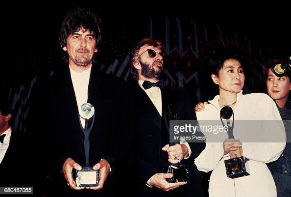 George Harrison Ringo Starr Yoko Ono and Sean Lennon at the 1988 Rock n Roll Hall of Fame Induction Ceremony circa 1988 in New York City