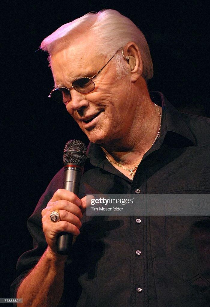 George Jones performs at the Konocti Harbor Resort showroom on October 14, 2007 in Kelseyville, California.