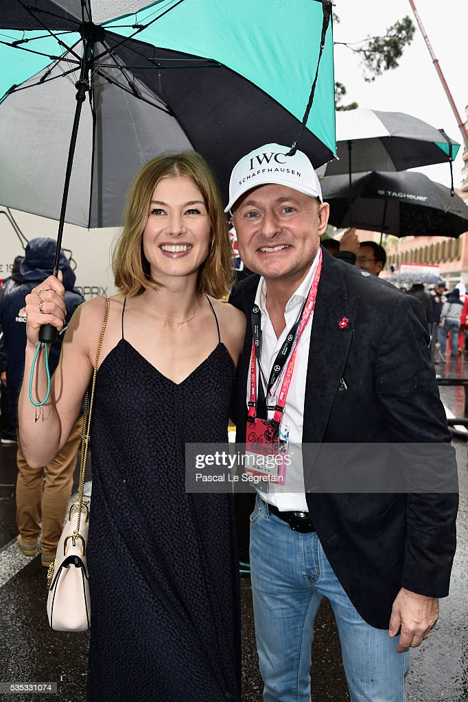 George Kern and <a gi-track='captionPersonalityLinkClicked' href=/galleries/search?phrase=Rosamund+Pike&family=editorial&specificpeople=208910 ng-click='$event.stopPropagation()'>Rosamund Pike</a> attend the F1 Grand Prix of Monaco on May 29, 2016 in Monte-Carlo, Monaco.