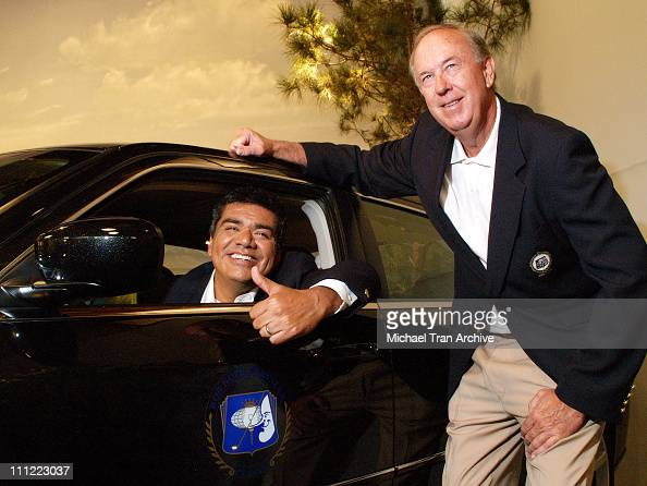 George Lopez and John Foster president of The 2007 Bob Hope Chrysler Classic