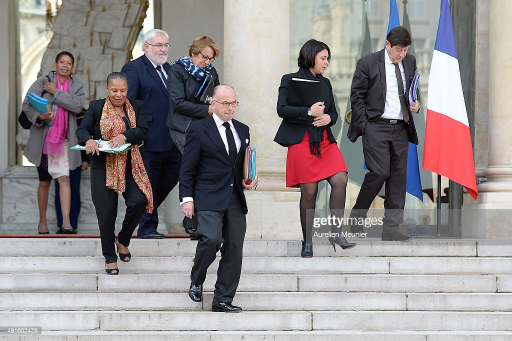 <a gi-track='captionPersonalityLinkClicked' href=/galleries/search?phrase=George+Pau-Langevin&family=editorial&specificpeople=4313353 ng-click='$event.stopPropagation()'>George Pau-Langevin</a>, French Minister of Overseas Territories, <a gi-track='captionPersonalityLinkClicked' href=/galleries/search?phrase=Christiane+Taubira&family=editorial&specificpeople=3798541 ng-click='$event.stopPropagation()'>Christiane Taubira</a>, French Minister of Justice, Jean-Marc Todeshini, State Secretary for Veterans, <a gi-track='captionPersonalityLinkClicked' href=/galleries/search?phrase=Marylise+Lebranchu&family=editorial&specificpeople=794442 ng-click='$event.stopPropagation()'>Marylise Lebranchu</a>, French Minister of State Reforms, Decentralization and Public Service, <a gi-track='captionPersonalityLinkClicked' href=/galleries/search?phrase=Bernard+Cazeneuve&family=editorial&specificpeople=4205153 ng-click='$event.stopPropagation()'>Bernard Cazeneuve</a>, French Minister of Interior, <a gi-track='captionPersonalityLinkClicked' href=/galleries/search?phrase=Sylvia+Pinel&family=editorial&specificpeople=9331820 ng-click='$event.stopPropagation()'>Sylvia Pinel</a>, French Minister of Housing and <a gi-track='captionPersonalityLinkClicked' href=/galleries/search?phrase=Patrick+Kanner&family=editorial&specificpeople=7612419 ng-click='$event.stopPropagation()'>Patrick Kanner</a>, French Minister of Urbain Affairs, Youth and Sports leave the Elysee Palace after the weekly cabinet meeting on October 7, 2015 in Paris, France.