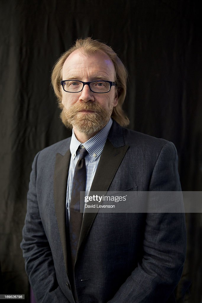 <a gi-track='captionPersonalityLinkClicked' href=/galleries/search?phrase=George+Saunders+-+Escritor+estadounidense&family=editorial&specificpeople=10844804 ng-click='$event.stopPropagation()'>George Saunders</a>, writer, attends The Telegraph Hay festival at Dairy Meadows on May 26, 2013 in Hay-on-Wye, Wales.