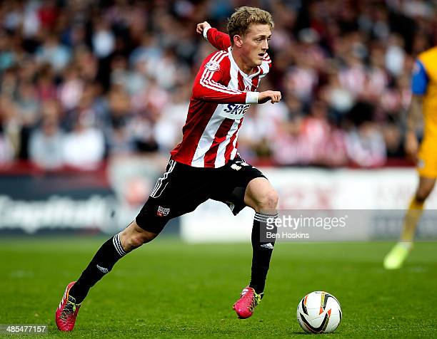 George Saville of Brentford in action during the Sky Bet League One match between Brentford and Preston North End at Griffin Park on April 18 2014 in...