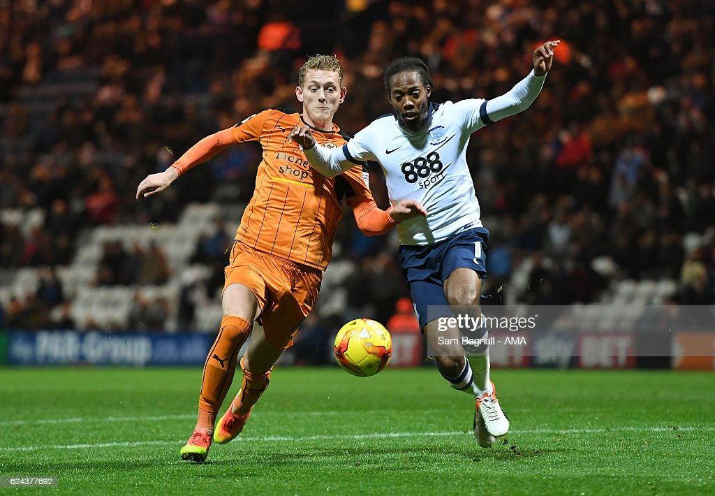 George Saville of Wolverhampton Wanderers and Daniel Johnson of Preston North End during the Sky Bet Championship match between Preston North End and Wolverhampton Wanderers at Deepdale on November 19, 2016 in Preston, England.