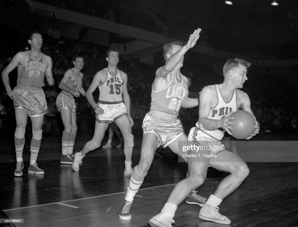 Minneapolis Lakers v Philadelphia Warriors