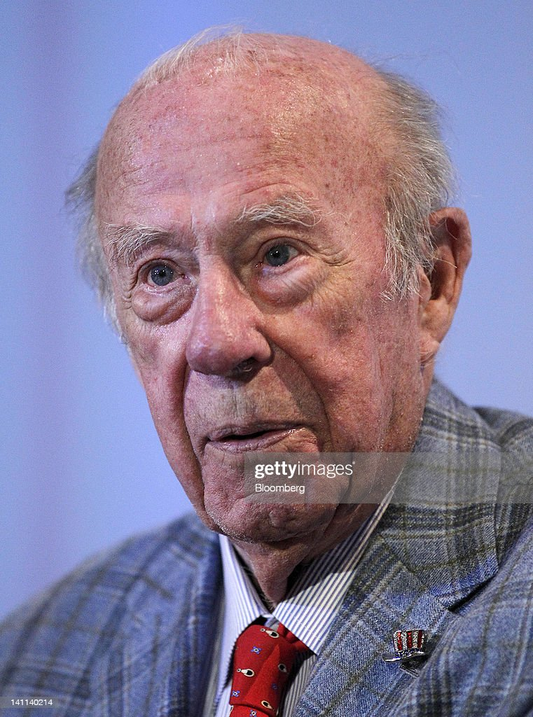 George Shultz, former U.S. treasury secretary and former U.S. secretary of state, speaks at the Stanford Institute for Economic Policy Research (SIEPR) 2012 Economic Summit in Stanford, California, U.S., on Friday, March 9, 2012. The Stanford Institute for Economic Policy Research (SIEPR) is a nonpartisan economic policy research organization that unites economic talent from all parts of Stanford University. Photographer: Tony Avelar/Bloomberg via Getty Images
