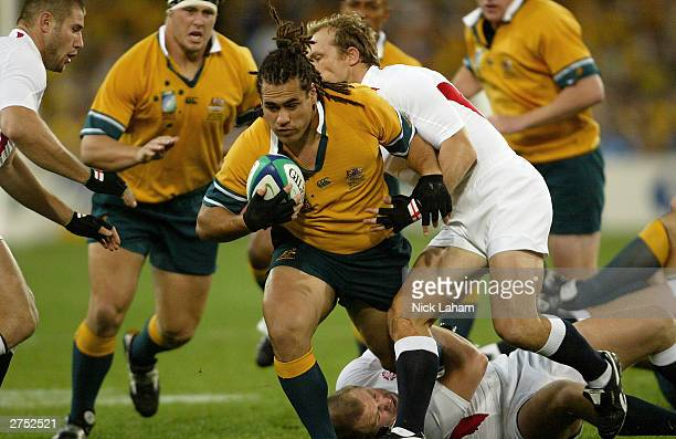 George Smith of the Wallabies drives forward during the Rugby World Cup Final match between Australia and England at Telstra Stadium November 22 2003...