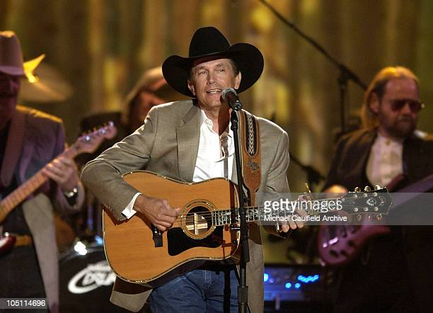 George Strait performs a medley of songs at the 38th Annual Academy of Country Music Awards