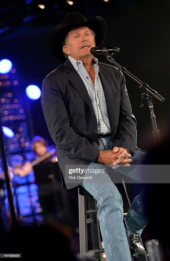 <a gi-track='captionPersonalityLinkClicked' href=/galleries/search?phrase=George+Strait&family=editorial&specificpeople=234588 ng-click='$event.stopPropagation()'>George Strait</a> performs onstage during the 61st annual BMI Country Awards on November 5, 2013 in Nashville, Tennessee.