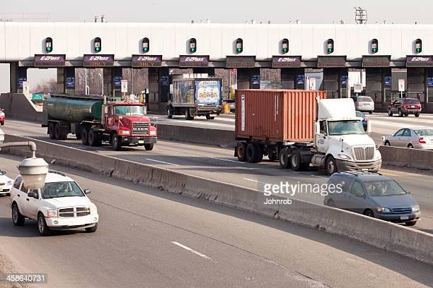 Ponte George Washington plaza di pedaggio pomeriggio trafic