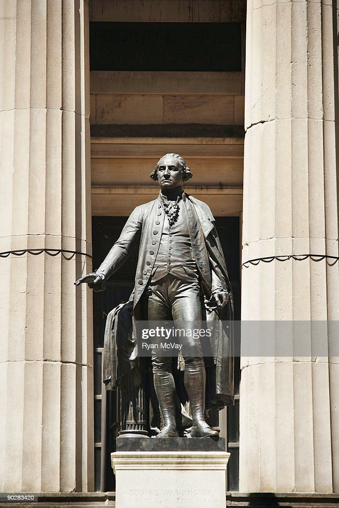 George Washington statue at Federal Hall : Stock Photo