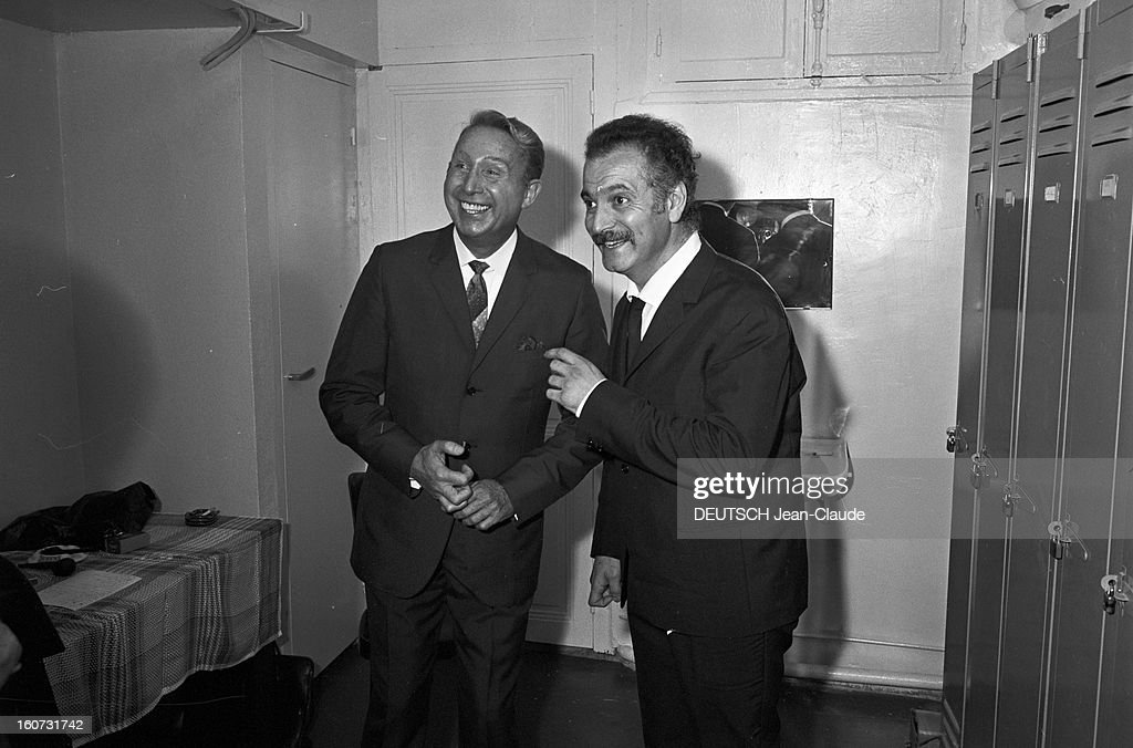 <a gi-track='captionPersonalityLinkClicked' href=/galleries/search?phrase=Georges+Brassens&family=editorial&specificpeople=882384 ng-click='$event.stopPropagation()'>Georges Brassens</a> And <a gi-track='captionPersonalityLinkClicked' href=/galleries/search?phrase=Charles+Trenet&family=editorial&specificpeople=220282 ng-click='$event.stopPropagation()'>Charles Trenet</a> At The Abc. Paris - 13 octobre 1965 --- Rencontre Georges BRASSENS - Charles TRENET à l'ABC, à l'occasion d'une émission Musicorama sur Europe 1, dans les coulisses, riant complices.