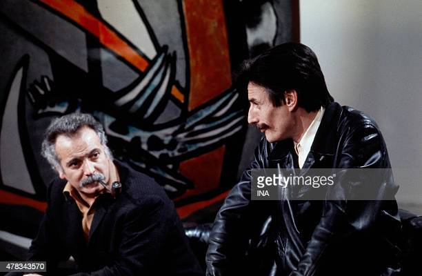 Georges Brassens and Jean Ferrt on the set of ''The guest of Sunday''