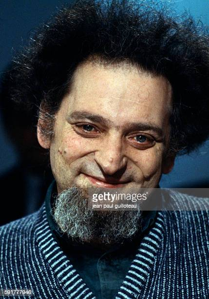 Georges Perec on the set of the literary show Apostrophes