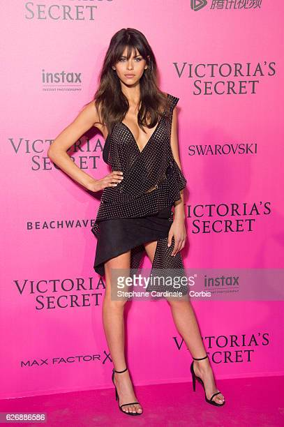 Georgia Fowler attends the 2016 Victoria's Secret Fashion Show after party at Le Grand Palais on November 30 2016 in Paris France