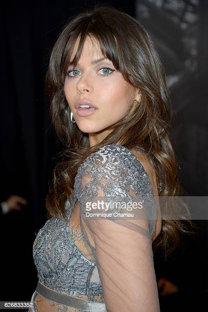 Georgia Fowler poses backstage during the Victoria's Secret Fashion Show on November 30 2016 in Paris France
